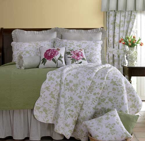 Brighton green toile quilt and bedding discount home bedding