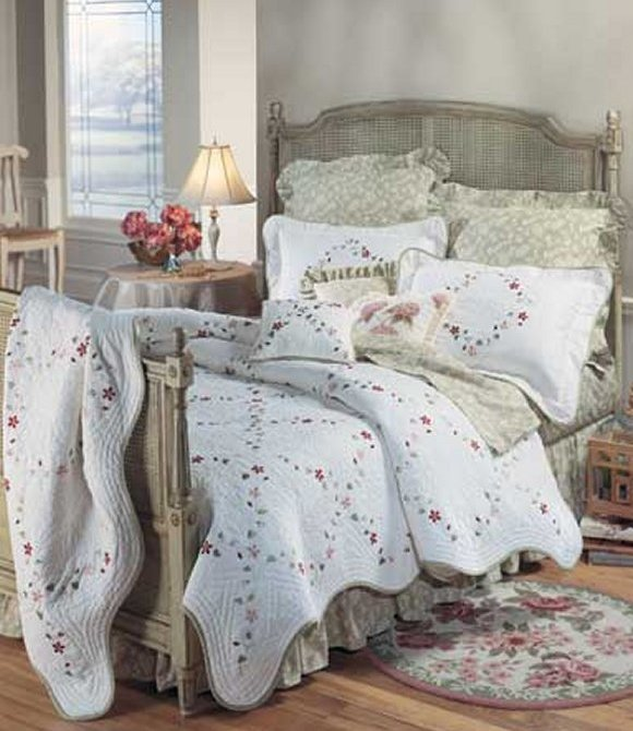 Felicity Quilt and Bedding - Discount Home Bedding